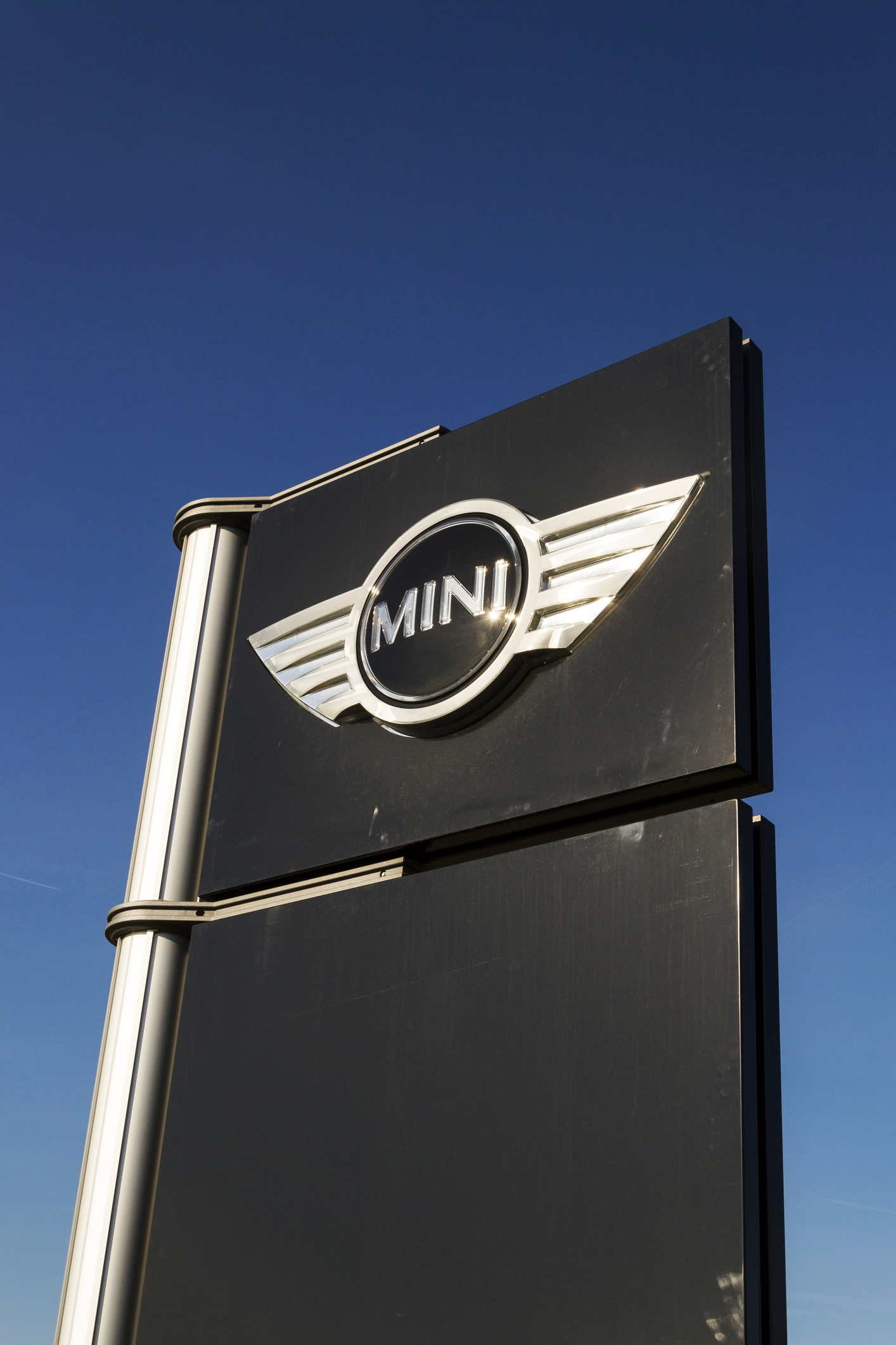 Why You Should Buy a MINI Cooper: MINI Buying Guide
