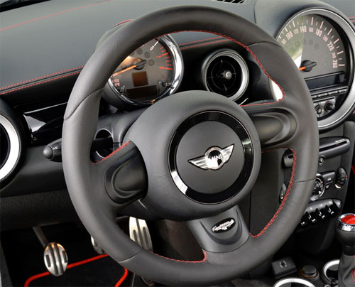 Mini Cooper Gp2 Leather Steering Wheel W Red Stitching