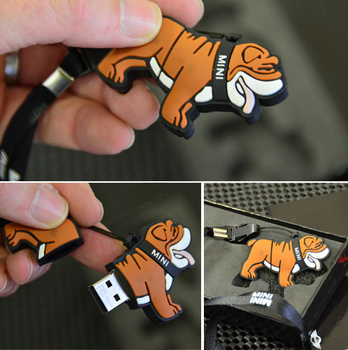 MINI 4GB USB Memory Stick: Bulldog