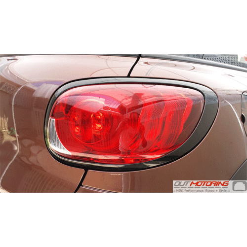Taillight Trim: R61: Gloss Black: Right